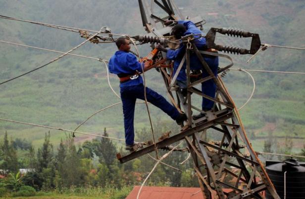 power-sector-workers-in-rwanda