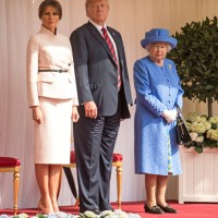 #UK : NEWS : Donald Trump & Melania meet Queen Elizabeth II