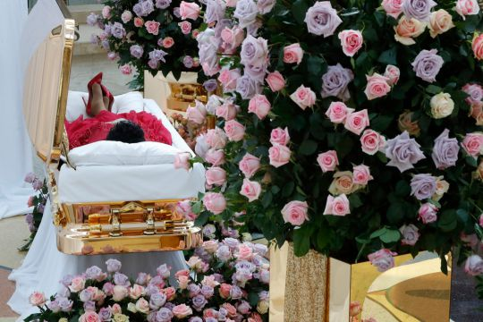 Aretha_s body currently lies in state as mourners pay their respects